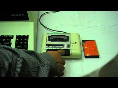 Commodore Business Maschines CBM 3032 (PET 2001 B) aus dem Jahr 1980 in Aktion