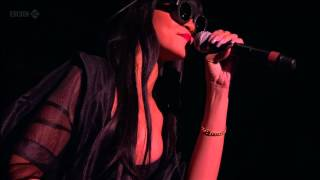 Jay-Z feat Rihanna - Run This Town (Live at Hackney 23.06.2012) HD