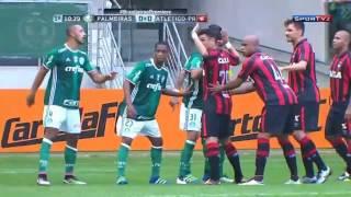 Gabriel Jesus brilha, e Palmeiras goleia Atlético-PR na estreia do Brasileirão Valeu a pena esperar três semanas. Este deve ser...