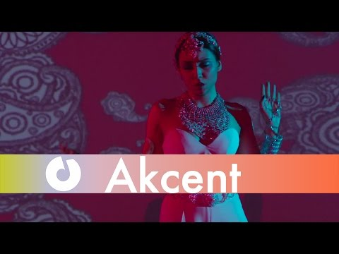 Akcent feat. Amira - Push [Love The Show] (Official Music Video) (видео)