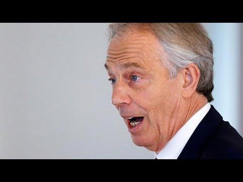 Μπλερ: «Απειλείται η ειρήνη στη Β. Ιρλανδία»