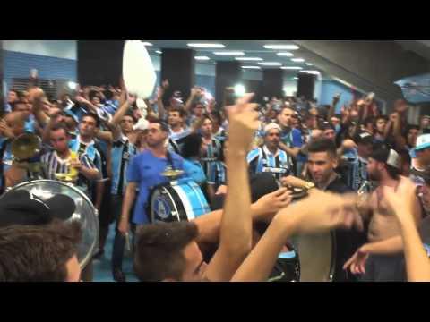 Aquecimento + Entrada banda Geral do Grêmio - 02/03/2016 Grêmio 4x0 Ldu  Copa libertadores - Geral do Grêmio - Grêmio - Brasil - América del Sur