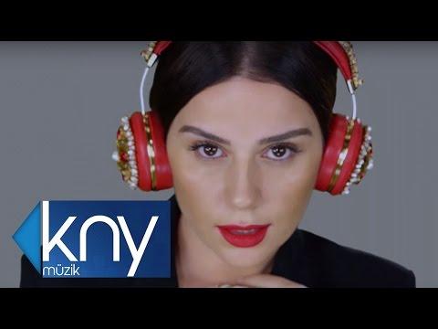 Merve Özbey – Topsuz Tüfeksiz