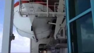 Как вести себя при кораблекрушении