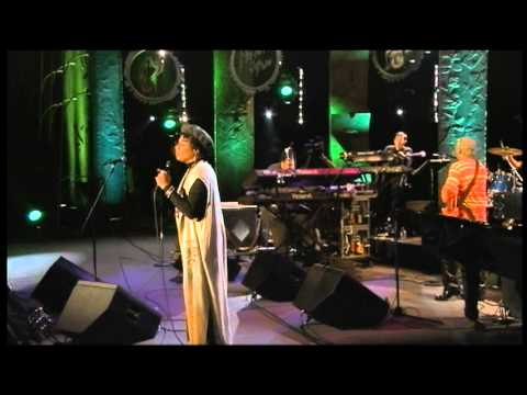 Video George Duke Band & Rachelle Ferrel - Waiting download in MP3, 3GP, MP4, WEBM, AVI, FLV January 2017