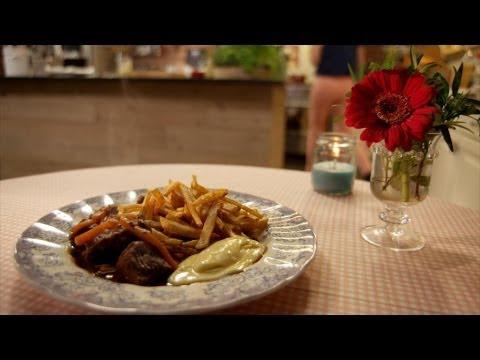 Stoofvlees met frieten | De Keuken van Sofie | VTM Koken
