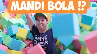 Video MANDI BOLA KUBUS, MAIN TRAMPOLINE DLL [Vlog bts] MP3, 3GP, MP4, WEBM, AVI, FLV Desember 2017
