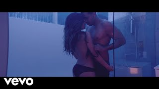"Romeo Santos - ""Imitadora"" (Official Music Video) New album ""Golden"" is available now on these platforms: Choose Your ..."