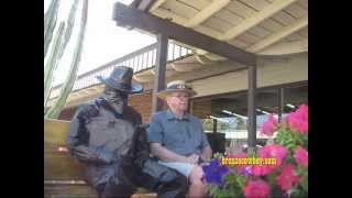 Video Statue Surprise!  Incredible reactions!! April 2014 MP3, 3GP, MP4, WEBM, AVI, FLV November 2017