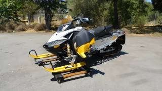 1. Lot #0101: 2011 Ski-Doo MXZ TNT 600 Snowmobile