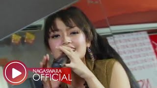 Video Siti Badriah - Suamiku Kawin Lagi - Official Music Video - NAGASWARA MP3, 3GP, MP4, WEBM, AVI, FLV April 2018