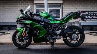 3. 2018 Kawasaki Ninja H2 SX SE | First Ride & Review | Supercharged