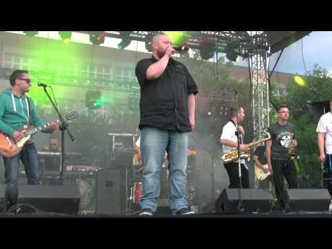 Na scenie wystąpili Koniec Świata, Tabu, Farben Lehre, Maleo Reggae Rockers i Enej.