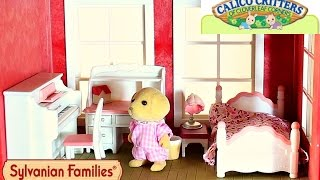 HiThis is the Sylvanian Families/Calico Critters Girl's Bedroom Set! I will be putting this set in the Regency Grand Hotel Cloverleaf Manor!