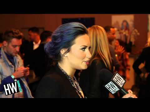 talks - Demi Lovato Talks Hating Her X Factor Performance & 'Neon Lights' Tour! Subscribe to Hollywire | http://bit.ly/Sub2HotMinute Send Chelsea a Tweet! | http://b...