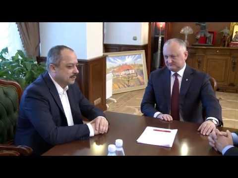 Igor Dodon a semnat Decrete privind numirea a trei consilieri ai Președintelui