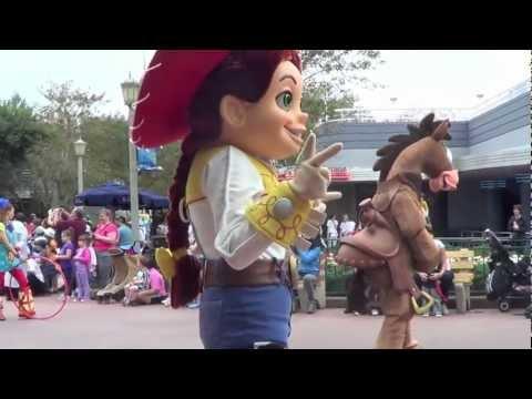 Video Pixar Parade Countdown to Fun - HD download in MP3, 3GP, MP4, WEBM, AVI, FLV January 2017