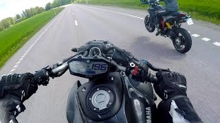 Download Video Yamaha MT-07 SC-Project vs Ducati Hypermotard 821 Termignoni MP3 3GP MP4