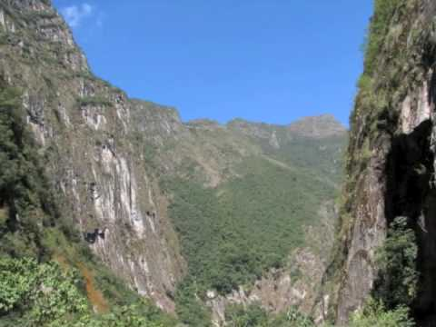 THE DOOR OF THE WIND / Inca Music / Machu picchu / Traditional Music