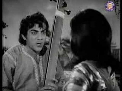 Mahmood - Watch Pashupati - Mahmood & Mumtaz - Pati Patni. Click http://www.rajshri.com/moviescene/MovieScene.asp?page=1 to watch more movie scenes.
