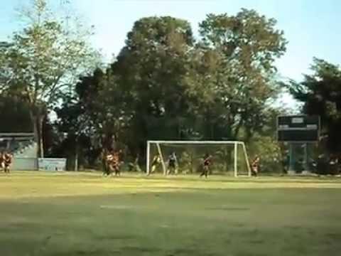 Atrapada del penalti por Luis Alexander Rodríguez - OYM FC vs CIBAO FC