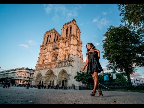 Photography Workshop in Paris, France at the Notre Dame Cathedral using the Godox AD600
