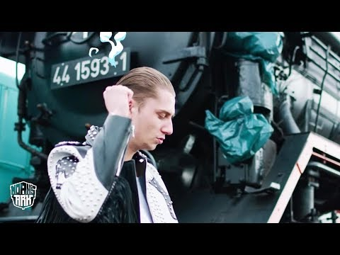 Yung Felix - Loco ft. Poke & Dopebwoy