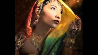 Hikayat cinta - Glen F ft Dewi Persik