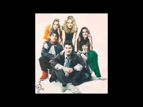 Tekst piosenki RBD - Porque Vai Assim po polsku