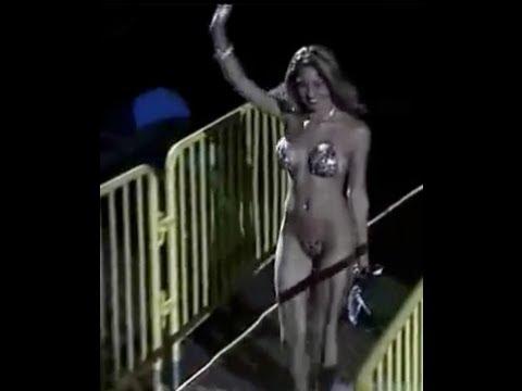 Amazing Micro Hot Bikini Girl