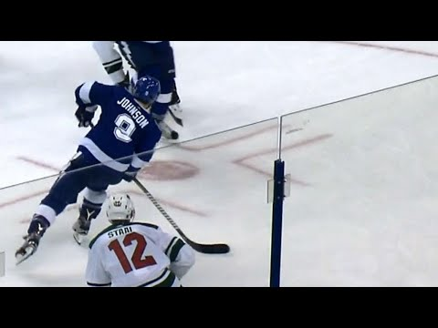 Video: Lightning double their lead thanks to a bullet from Tyler Johnson