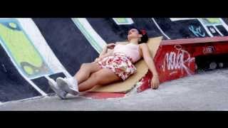 Kat Dahlia - Happy And I Know It