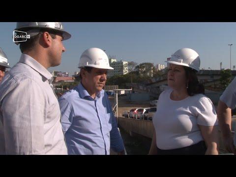 """Marinho diz que """"depende de Deus' a solução do problema das enchentes; veja vídeo"""