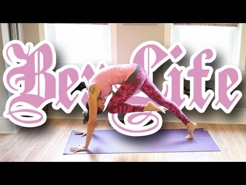 4 Minute Yoga Workout : Work It Out Wednesdays – BEXLIFE
