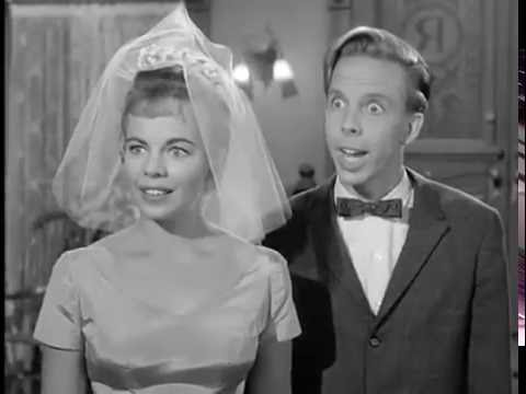 Petticoat Junction - Season 1, Episode 12 (1963) - Honeymoon Hotel