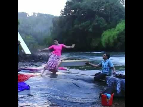 Video Indian Actress Slip while dancing 😂😂 download in MP3, 3GP, MP4, WEBM, AVI, FLV January 2017