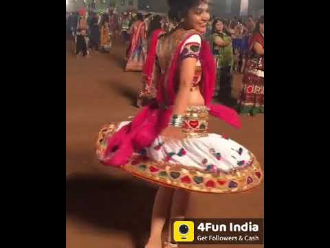 Sindhi Girl Dance !
