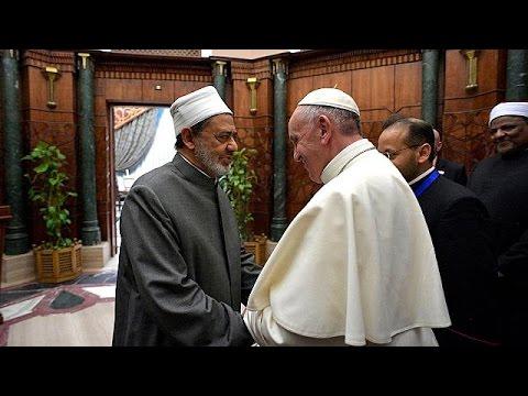 Ιστορική επίσκεψη του Πάπα στην Αίγυπτο με μήνυμα ενότητας