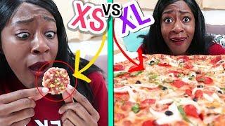 Video 미니어쳐 피자 vs 큰 피자 🍕 Tiny Pizza vs Large Pizza! MP3, 3GP, MP4, WEBM, AVI, FLV Februari 2019