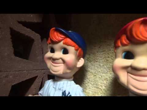 Gemmy Animated Buddy Big League (New York yankies)