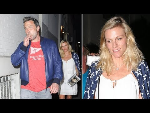 Ben Affleck's Girlfriend Lindsay Shookus Flashes Big Grin When Asked How It Feels To Date 'Batman'