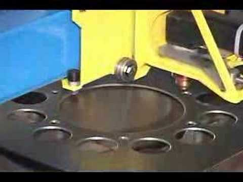 plasmacam - CNC cutting system cutting a sprocket. Visit http://www.plasmacam.com or call (719) 676-2700 for the full demo video.