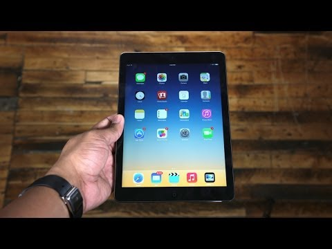 new ipad review - Here's my new Apple iPad Air Review! Other places I hang out: FaceBook Fan Page: http://goo.gl/pZsjC Twitter: http://twitter.com/soldierknowbest Instagram: h...