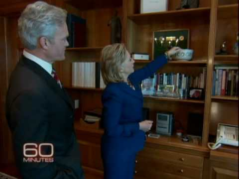 Extra: Inside Secretary Clinton's Office