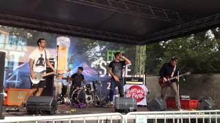 Video Empty Hall Of Fame - Damage Done // Live in ZubrFest 2014