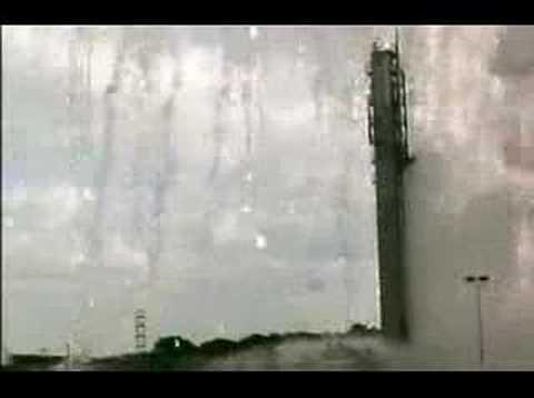 Tá Delta 2 eksploderaði (1998)