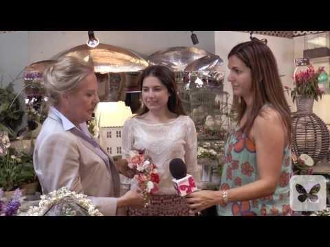 Tocados y coronas de flores para novias