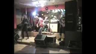 Video Neodůvodnitelná lítost - Solidní pán (live)