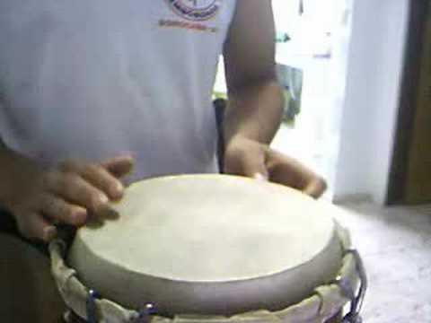 aula de atabaque 2 ( São Bento Grande da Angola)
