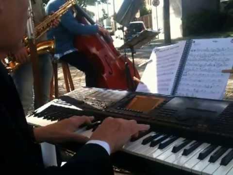 Amigos da La leçon de Piano na Bella Banoffi